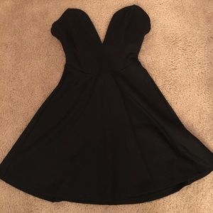 Tobi size small strapless black dress
